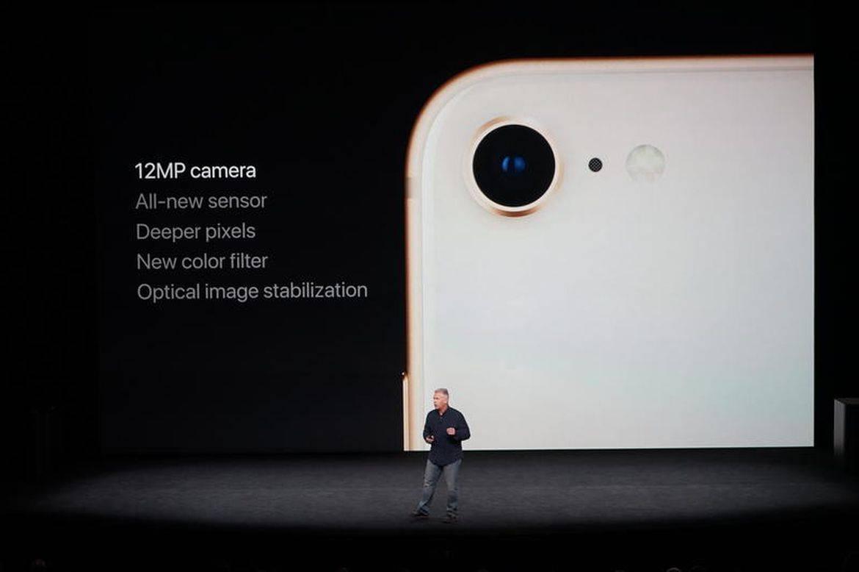 1505289326 - گالری عکس: آیفون 8 جدیدترین پرچمدار اپل